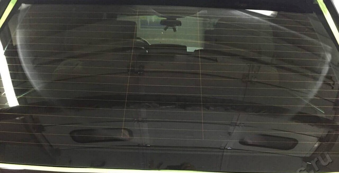 Полировка заднего стекла. Фото ПОСЛЕ