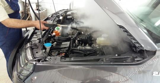 Безопасная мойка двигателя Порш