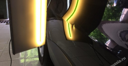 выпрямление вмятины без покраски на двери хундай