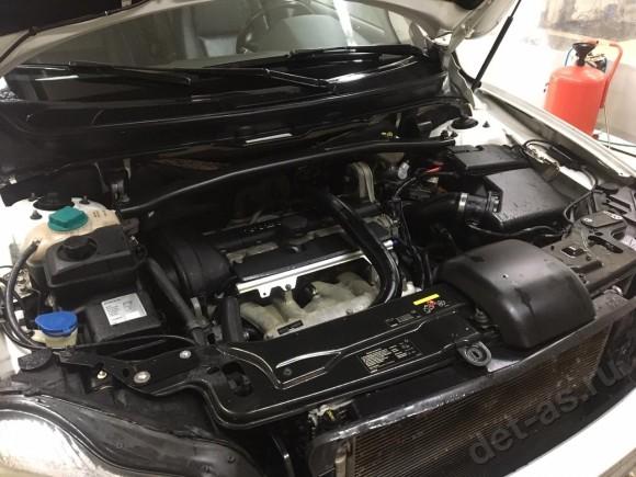 Мойка двигателя паром  Volvo XC90